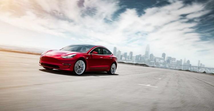外媒:特斯拉或本周推出国产长续航版Model 3