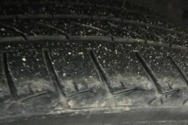 标致3008轮胎质量原因四条轮胎全部开裂