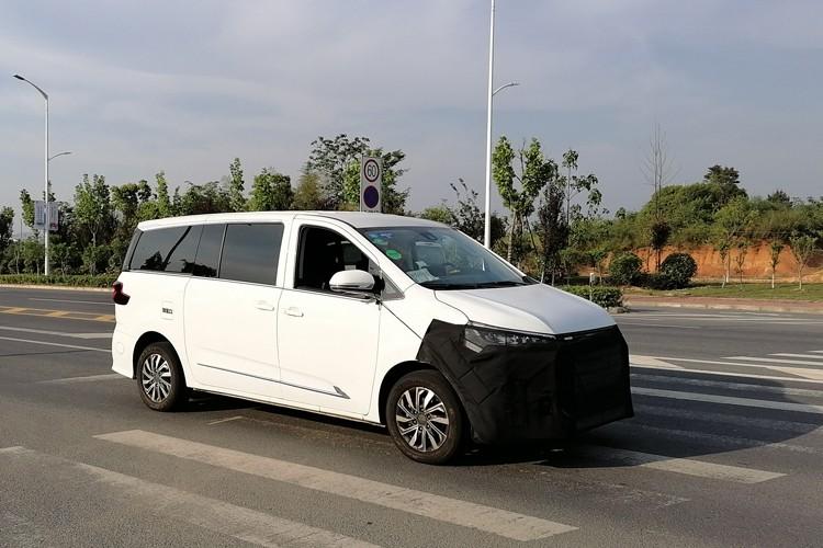 定位氢燃料电池车 上汽MAXUS EUNIQ 7谍照曝光