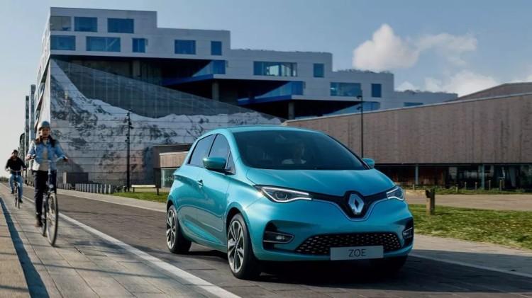 法国宣布88亿美元新计划重振汽车业 欲成欧洲最大清洁汽车生产国