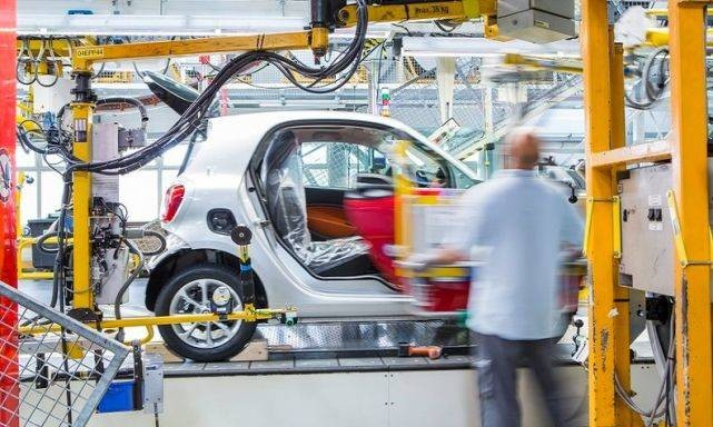 因重组计划超出预期 戴姆勒将出售法国Smart工厂