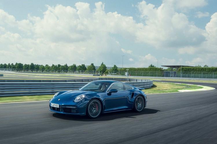 最高时速319km/h 保时捷911 Turbo官图发布
