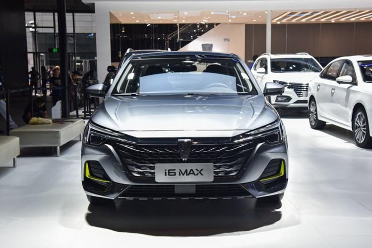 2020成都车展:荣威i6 MAX正式首发亮相