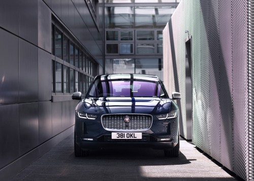 经销商重启 英国新车销量年内首次增长
