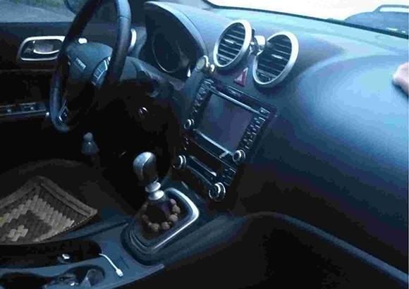 车内异味严重