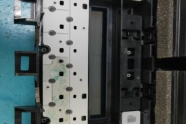 丰田亚洲龙空调进水导致控制面板损坏