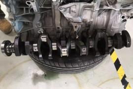 宝马X5购买一年发生发动机故障,厂商拒绝三包