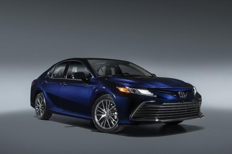内饰有惊喜!新款丰田凯美瑞将2月25日上市