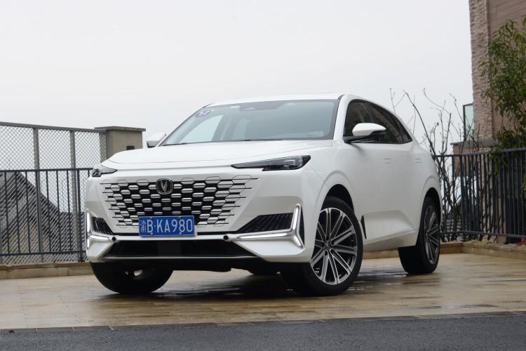 国产高端SUV新标杆 长安UNI-K预售15.79万元起