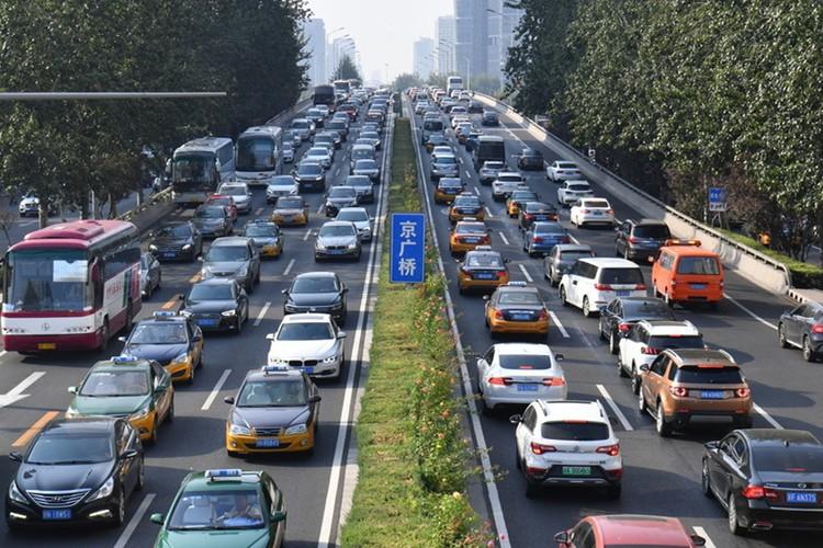 交通运输部:2035年实现市区1小时通勤