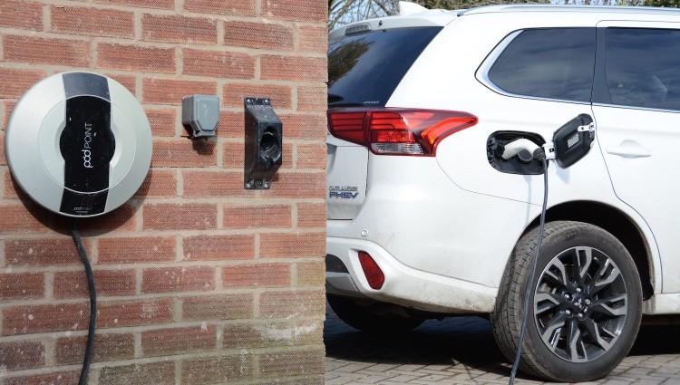 欧盟有意提前停售PHEV 加速向纯电动汽车过渡