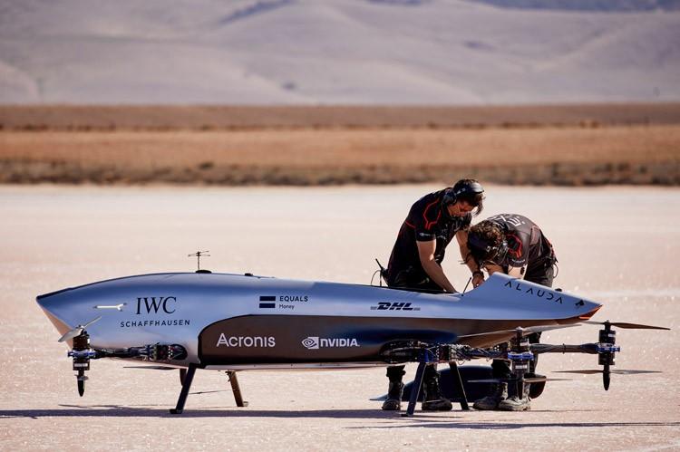 Airspeeder电动飞行赛车Mk3试飞成功