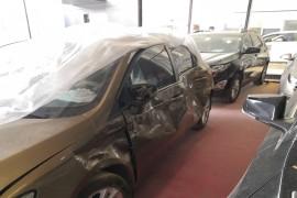 车辆左侧收到撞击,气帘没有弹出