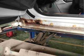 车身严重生锈