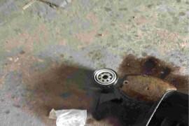 保养完机油滤芯垫片么有上!&nbsp散热器变形