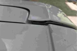 上汽大通G50,尾盖打开干涉导致焊接脱开