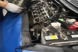 一年多的新车出现渗油现象,4S店要求自费更换。
