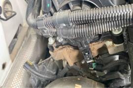 汽门盖漏油