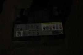 中华V7一个月不到五次亏电,换电瓶也亏