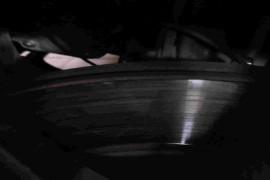 前轮刹车磨损不一致