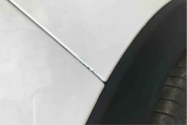 新车不到一个月发现补漆现象,还有油漆自然脱落