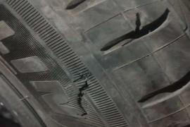 正常行使轮胎爆胎,胎压监测系统长时间不提示