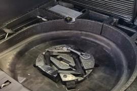 林肯MKC质量问题漏水造成全车底盘积水严
