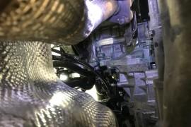 新车发动机漏防冻液 诉求退车或换发动机总成然后延保