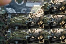 发动机开裂漏油要求退换车