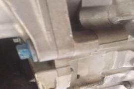新车变速箱漏油