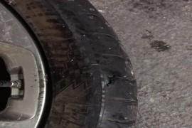 变速系统加轮胎鼓包轮毂变形