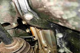 发动机异响,发动机气缸垫浸油