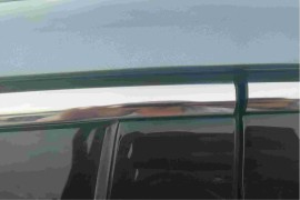 哈弗7x车身饰板胶条多处开胶变形老化松动开裂