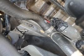 汽车严重品质问题,发动机皮,水泵螺丝脱落