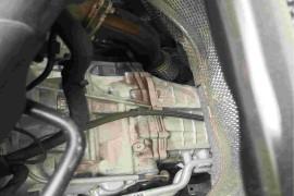 发动机与变速箱渗油