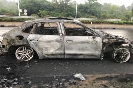 保时捷汽车出现严重安全性能故障 自燃烧毁