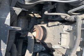 高速路上空调压缩机抱死,皮带断裂