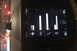 19款沃尔沃xc60新能源智尊豪华版高速熄火,屏幕乱码