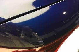 提新车时发现全车随处可见划痕,车漆旧没有光泽