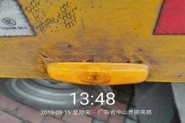 车子才几个月,锈蚀非常严重,铁块整片的锈掉