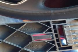 奥迪Q3行驶中,配件掉落在刹车脚下