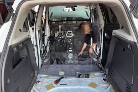 别克昂科拉车内隔垫隔音板味道异常严重