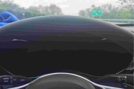 奔驰新车不到2月高速行车电脑仪表盘全部黑屏
