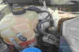 防冻液内漏到发动机