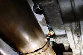福特金牛座2.7发动机漏机油