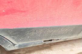 车的门板边梁全部腐烂了