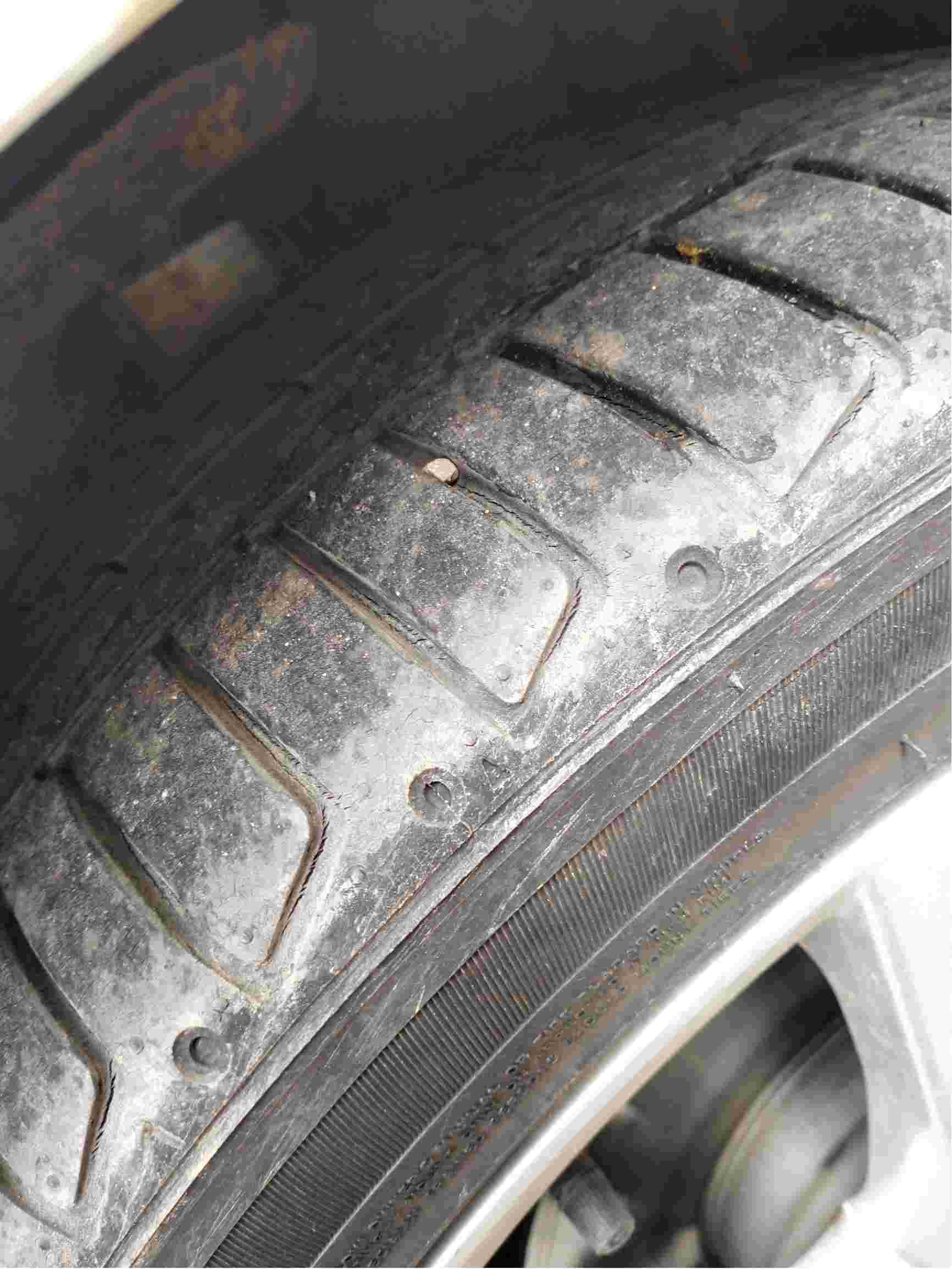 轮胎不到6200公里,裂纹!