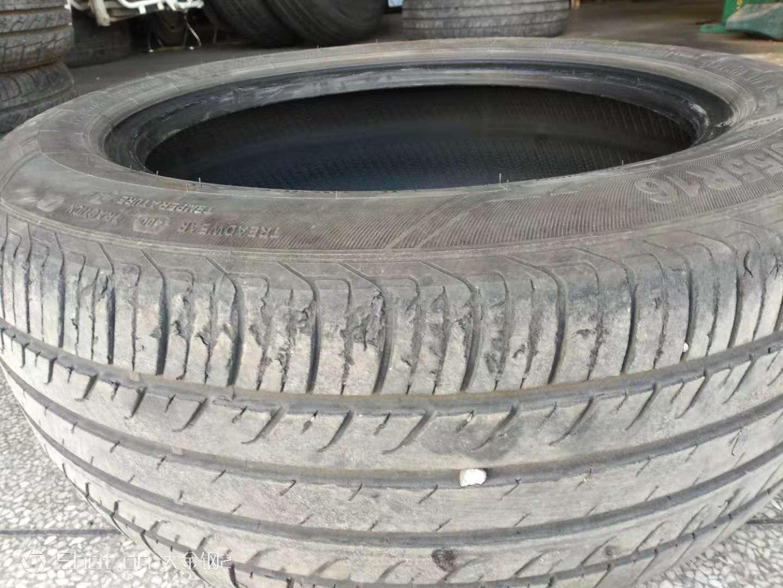 """一是,小马拉大车;二是,造成轮胎""""不支持""""(多处出现掉肉现象)。"""